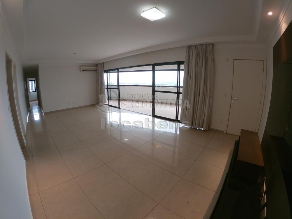 Alugar Apartamento / Padrão em São José do Rio Preto R$ 2.700,00 - Foto 2