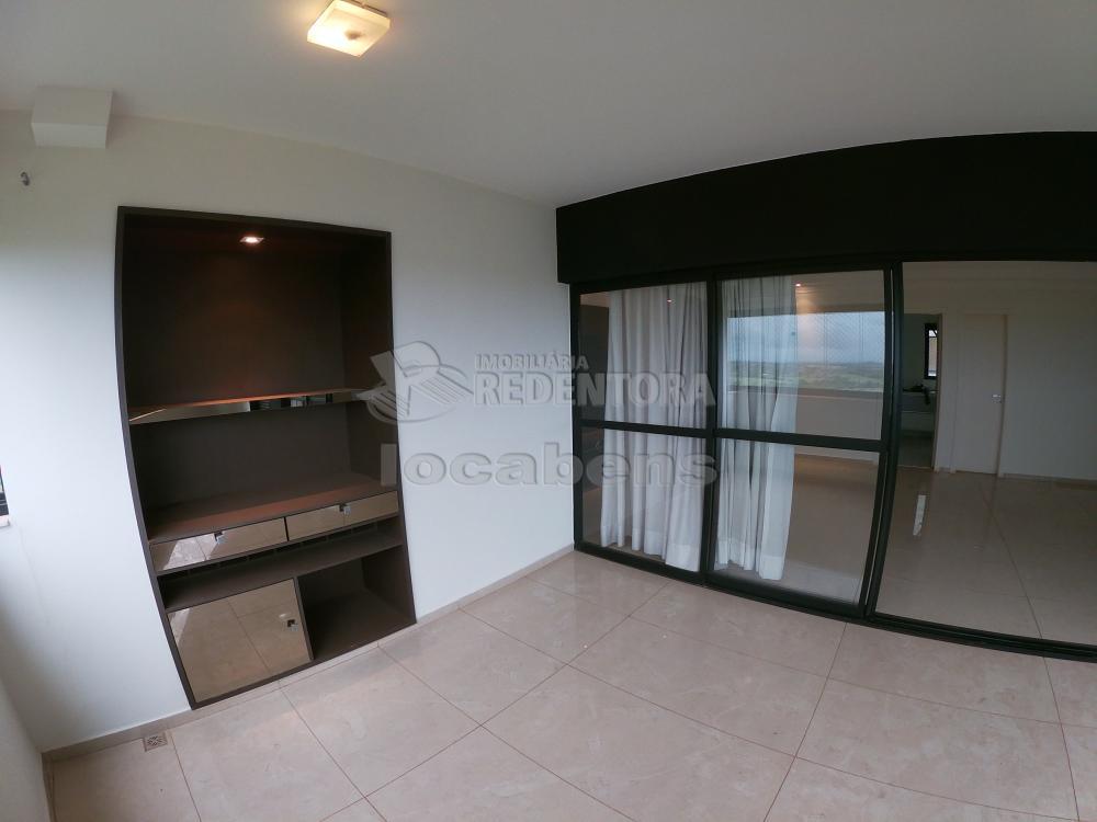 Alugar Apartamento / Padrão em São José do Rio Preto R$ 2.700,00 - Foto 8
