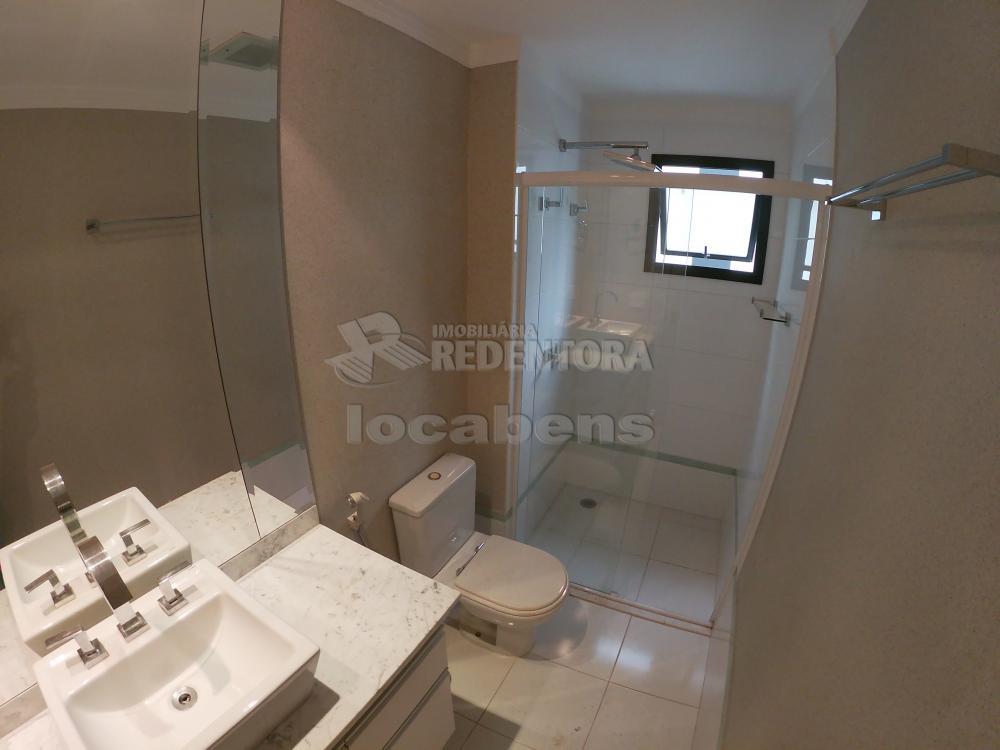 Alugar Apartamento / Padrão em São José do Rio Preto R$ 2.700,00 - Foto 32