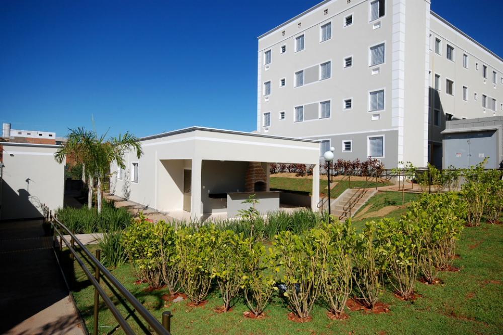 Alugar Apartamento / Padrão em São José do Rio Preto R$ 650,00 - Foto 21