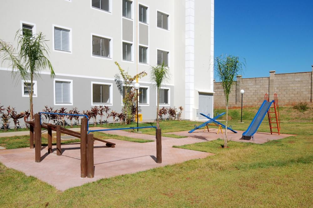 Alugar Apartamento / Padrão em São José do Rio Preto R$ 650,00 - Foto 23