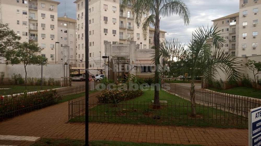 Comprar Apartamento / Padrão em São José do Rio Preto R$ 215.000,00 - Foto 14