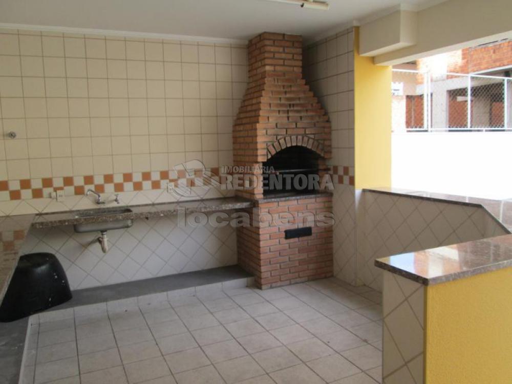 Comprar Apartamento / Padrão em São José do Rio Preto R$ 450.000,00 - Foto 17