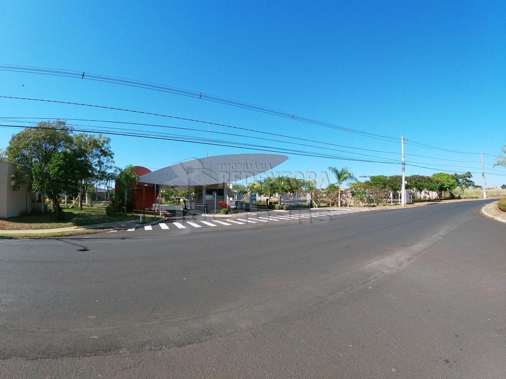 Alugar Casa / Condomínio em São José do Rio Preto R$ 1.100,00 - Foto 38