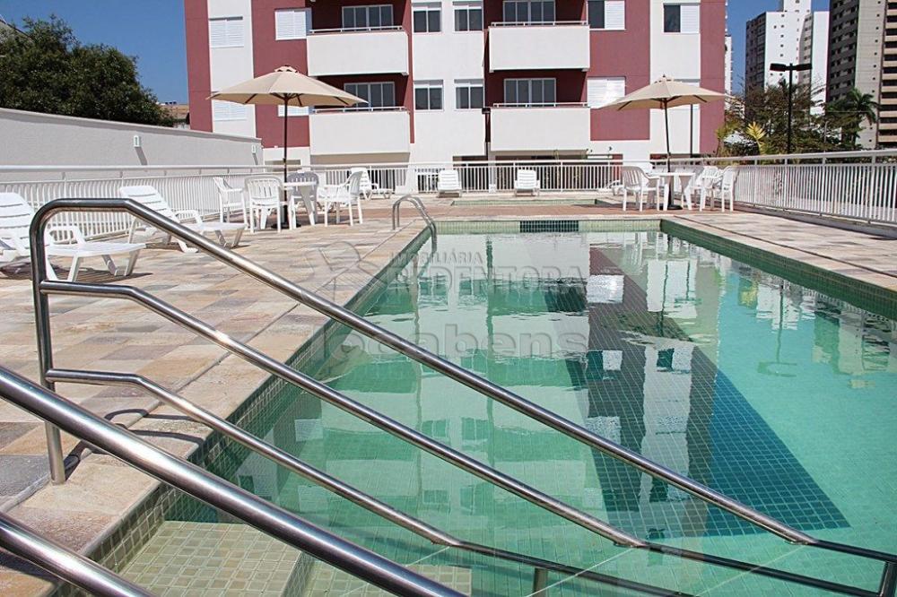 Alugar Apartamento / Padrão em São José do Rio Preto R$ 1.300,00 - Foto 17