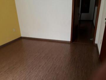 Comprar Casa / Padrão em São José do Rio Preto R$ 430.000,00 - Foto 4