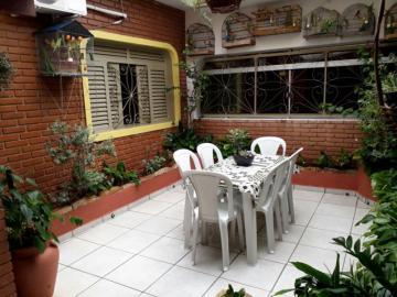 Comprar Casa / Padrão em São José do Rio Preto R$ 430.000,00 - Foto 2