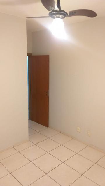 Alugar Apartamento / Padrão em São José do Rio Preto R$ 550,00 - Foto 19
