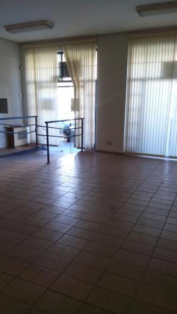 Comprar Comercial / Salão em São José do Rio Preto R$ 800.000,00 - Foto 7