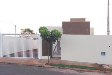 Comprar Casa / Padrão em São José do Rio Preto R$ 220.000,00 - Foto 1