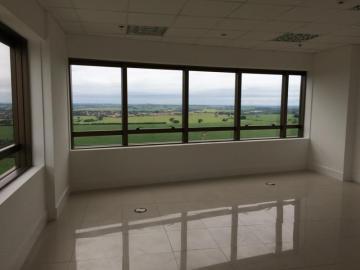 SAO JOSE DO RIO PRETO Iguatemi Comercial Locacao R$ 2.000,00 Condominio R$450,00  Area do terreno 45.36m2 Area construida 45.36m2