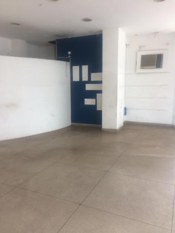 SAO JOSE DO RIO PRETO Centro Comercial Locacao R$ 2.000,00 Condominio R$55,00 Area construida 65.00m2