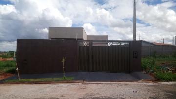 Alugar Casa / Padrão em São José do Rio Preto R$ 600,00 - Foto 1