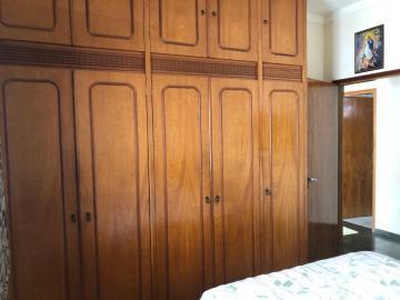 Alugar Casa / Padrão em São José do Rio Preto R$ 1.700,00 - Foto 8