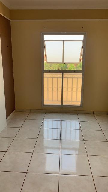 Comprar Apartamento / Padrão em São José do Rio Preto R$ 160.000,00 - Foto 2