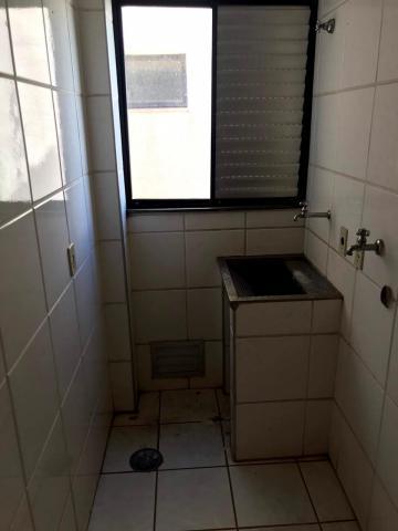 Comprar Apartamento / Padrão em São José do Rio Preto R$ 265.000,00 - Foto 4