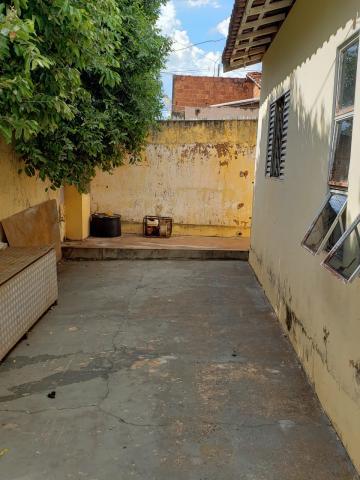 Comprar Casa / Padrão em São José do Rio Preto R$ 300.000,00 - Foto 6