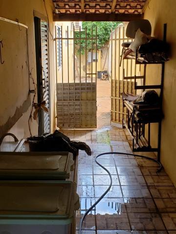 Comprar Casa / Padrão em São José do Rio Preto R$ 300.000,00 - Foto 23