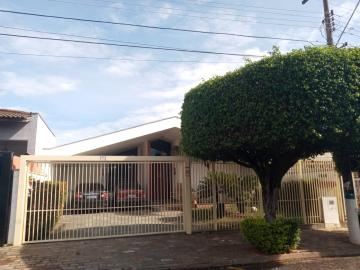 Comprar Casa / Padrão em São José do Rio Preto R$ 700.000,00 - Foto 1