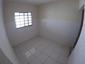 Alugar Casa / Padrão em São José do Rio Preto R$ 900,00 - Foto 9