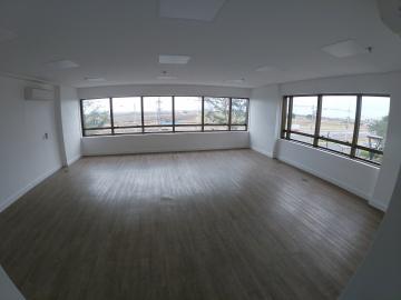 Alugar Comercial / Sala em São José do Rio Preto R$ 3.500,00 - Foto 1