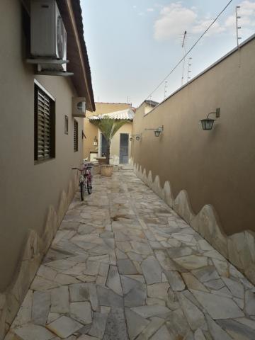 Comprar Casa / Padrão em São José do Rio Preto R$ 550.000,00 - Foto 4