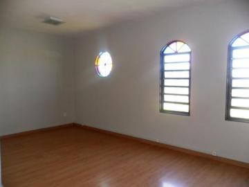 Alugar Casa / Padrão em São José do Rio Preto R$ 1.300,00 - Foto 3