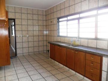 Alugar Casa / Padrão em São José do Rio Preto R$ 1.300,00 - Foto 8