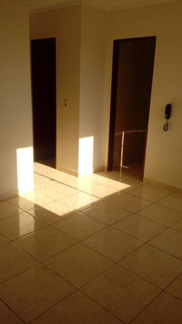 Comprar Apartamento / Padrão em São José do Rio Preto R$ 145.000,00 - Foto 2