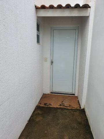 Alugar Casa / Condomínio em São José do Rio Preto R$ 1.100,00 - Foto 5
