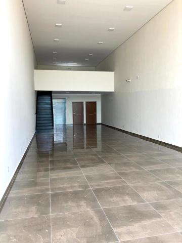Alugar Comercial / Salão em São José do Rio Preto R$ 3.500,00 - Foto 2