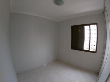 Alugar Apartamento / Padrão em São José do Rio Preto R$ 1.200,00 - Foto 8