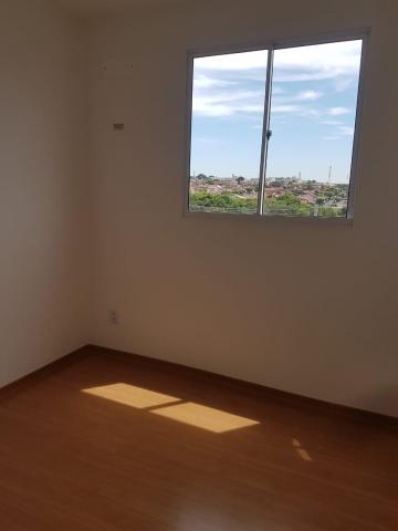Alugar Apartamento / Padrão em São José do Rio Preto R$ 600,00 - Foto 8