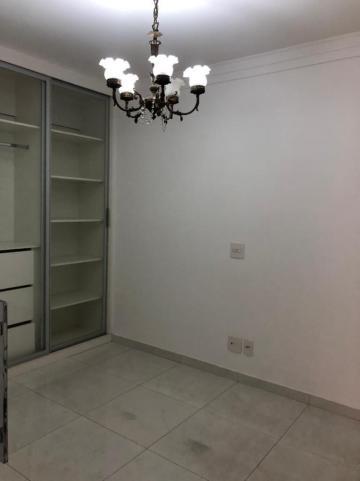 Comprar Apartamento / Padrão em São José do Rio Preto R$ 450.000,00 - Foto 8