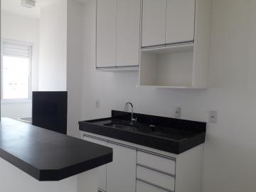 Alugar Apartamento / Padrão em São José do Rio Preto R$ 1.300,00 - Foto 6