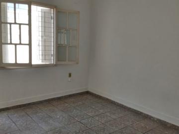 Alugar Casa / Padrão em São José do Rio Preto R$ 800,00 - Foto 2