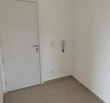 Comprar Apartamento / Padrão em São José do Rio Preto R$ 240.000,00 - Foto 4