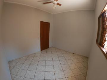 Alugar Casa / Padrão em São José do Rio Preto R$ 1.000,00 - Foto 19