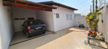 Alugar Casa / Padrão em São José do Rio Preto R$ 2.000,00 - Foto 1