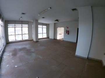 Alugar Comercial / Salão em São José do Rio Preto R$ 1.500,00 - Foto 4