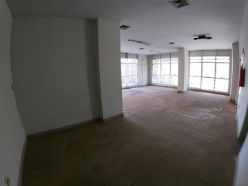 Alugar Comercial / Salão em São José do Rio Preto R$ 1.500,00 - Foto 6