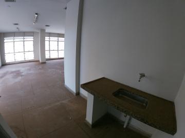 Alugar Comercial / Salão em São José do Rio Preto R$ 1.500,00 - Foto 9