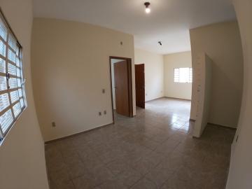 Alugar Casa / Padrão em São José do Rio Preto R$ 1.300,00 - Foto 5