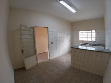 Alugar Casa / Padrão em São José do Rio Preto R$ 1.300,00 - Foto 19