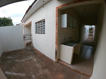 Alugar Casa / Padrão em São José do Rio Preto R$ 1.300,00 - Foto 24