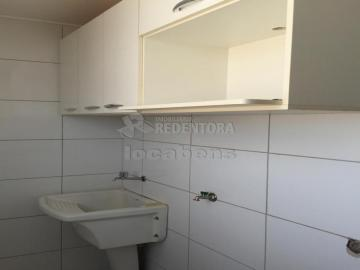 Alugar Apartamento / Padrão em São José do Rio Preto R$ 1.000,00 - Foto 4
